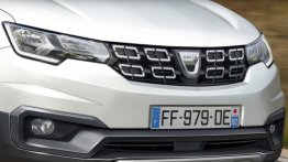 Next-gen Dacia Sandero to be a C-segment hatchback - Report