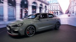Hyundai i30 Fastback N - 2018 Paris Motor Show Live