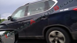 Mahindra Y400 spied in India, to launch later this month
