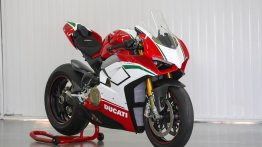 First Ducati Panigale V4 Speciale delivered in India; costs INR 51.81 lakh