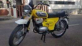 Restored Rajdoot Deluxe 175 looks bright as sunshine