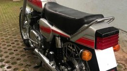Check out this neatly restored 1987 Yezdi 350 Twin