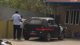 Hyundai Styx (Hyundai Leonis) spotted in New Delhi [Update]