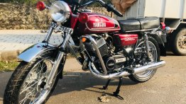Restored 1985 Yamaha RD350 gets restored, wrapped & delivered