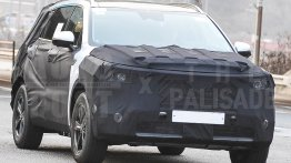 Next-gen Kia Sorento spied testing in South Korea