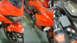 Fully faired Hero Xtreme 200R/Karizma 200 spied in production guise [VIDEO]