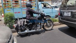 Next-gen Royal Enfield Classic spotted with optional accessories
