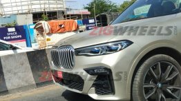 BMW X7 xDrive40i spied on test in India, to be launched in September