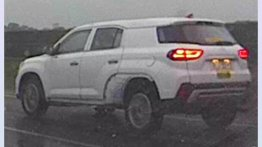 7-seat Hyundai Tucson (Hyundai ix35) chassis mule spied in China [Update]