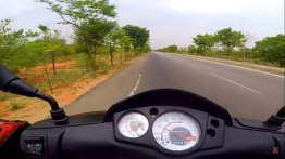 On-board footage captures acceleration and top speed of Aprilia Storm 125 [Video]