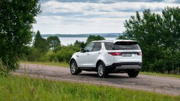 Land Rover Discovery 2.0L diesel launched in India, priced from INR 75.18 lakh