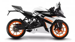 First official image of Indian-spec white KTM RC125 out