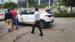 Dual-tone Kia Seltos units snapped in Bangalore