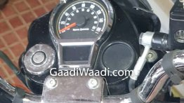 Next-gen Royal Enfield Classic's instrument console spied