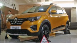 Renault Triber with black alloy wheels showcased in Indonesia