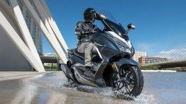 Honda Forza 300 : जानें इस मैक्सी-स्कूटर से जुड़ी ज़रूरी बातें