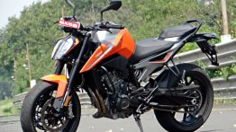 BS-IV discounts: Dealers offering over INR 2.5 lakh off on KTM 790 Duke