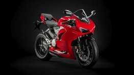 New Ducati Panigale V2 (Panigale 959 successor) breaks cover