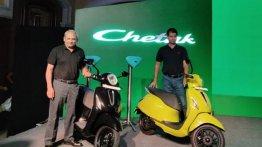 Bajaj Chetak Electric स्कूटर भारत में  लॉन्च, प्राइस INR 1 लाख , जानें बुकिंग डिटेल