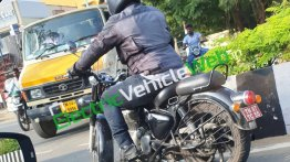 Next-gen Royal Enfield Classic with optional accessories spied