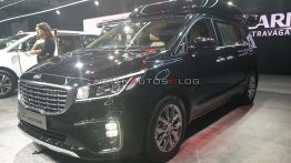 Scoop: Kia considering Carnival Hi-Limousine (new top variant) for India