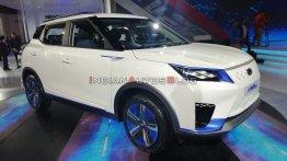 370 किलोमीटर की रेंज के साथ होगी Mahindra eXUV300 इलेक्ट्रिक एसयूवी