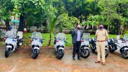 Suzuki hands over ten Gixxer SF 250 BS6 bikes to Mumbai Police
