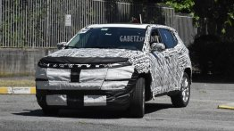 2021 Jeep Compass Facelift Spied Testing Ahead of Official Debut