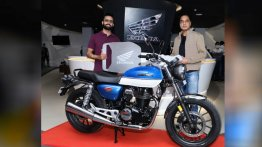 Honda H'ness CB 350 (Royal Enfield Meteor 350 rival) deliveries start