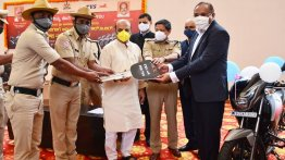 25 units of TVS Apache RTR 160 delivered to Bengaluru Police Dept