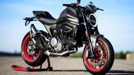 2021 Ducati Monster unveiled, packs in 111 hp, weighs 166 kg dry; just fun!