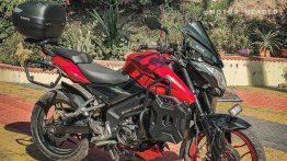 Bajaj Pulsar NS200 Neatly Modified for Long-Distance Touring