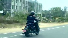 Watch 650cc Royal Enfield Cruiser Coasting at 120-130km/h