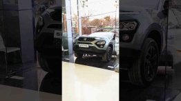 WATCH Tata Safari Adventure Persona Reach Showroom For Delivery