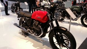 EICMA Live - 2014 Moto Guzzi V7 Stone, Special and Racer unveiled