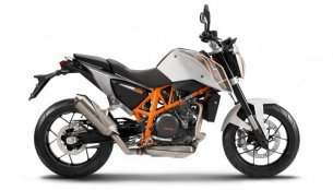 Report - KTM Duke 690 & Husqvarna to launch in India by 2015