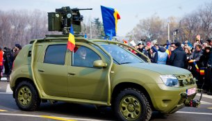 Romania - Special applications based on the Duster driven in the Unification Day parade