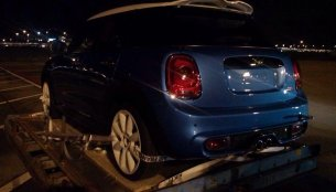 Spied - India-friendly 2015 Mini five-door spotted undisguised at an air cargo station