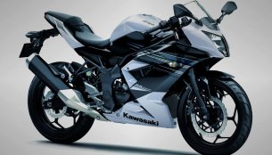 Indonesia - Kawasaki unveils single-cylinder Ninja 250 RR Mono, launch in March