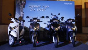 Report - Honda Motorcycle & Scooter India aims to sell 45 lakh units in FY15