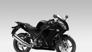USA - Honda CBR300R priced at $4,399, sales begin in August