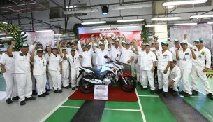 Brazil - Honda's 20,000,000th two wheeler clicks a selfie at its world's largest plant