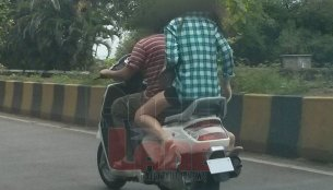 Spied - Mahindra Zesto shoots for its TVC