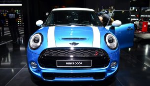 IAB Report - New Mini (3- and 5-door) launches today in Mumbai