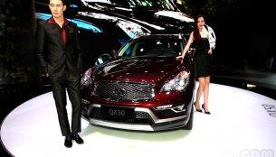 Guangzhou Live - 2015 Infiniti QX50 SUV