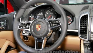 Porsche developing an advanced cruise control system that can corner - Report