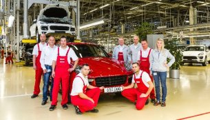 IAB Report - 600,000th Porsche Cayenne built