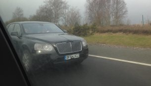 Bentley Bentayga SUV testing outside London - Spied