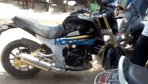Mahindra Mojo spied with new parts and graphics - Report