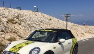 2016 Mini Cooper Convertible spotted with JCW body kit - Spied